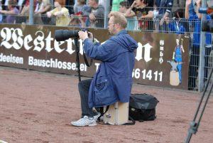 Holger Battefeld im heimischen Röntgen-Stadion. Foto: Sinja Wappler